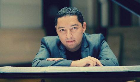 """Margó mozija"" – Selmeczi György zongoraművei"