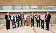 MUZSIKA  A KERTBEN - Új Harmónia Fúvósegyüttes Hangversenye
