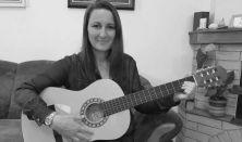 Zenés foglalkozás Znamenák Rita vezetésével