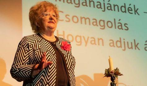 A nő és a hölgy - Görög Ibolya előadása