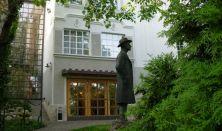Emlékhangverseny Bartók Béla halálának évfordulóján, Szent Efrém Kórus, Csalog Gábor (zongora)