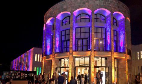 MOM Kulturális Központ