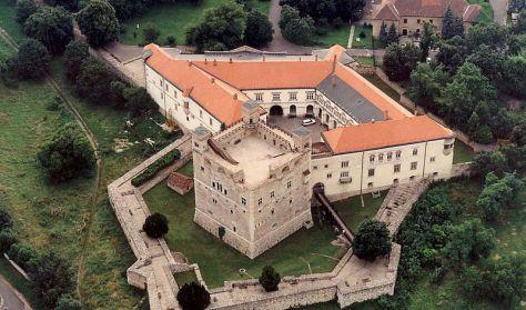 Sárospatak - Rákóczi vár udvara