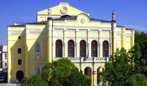 Debrecen Csokonai Színház